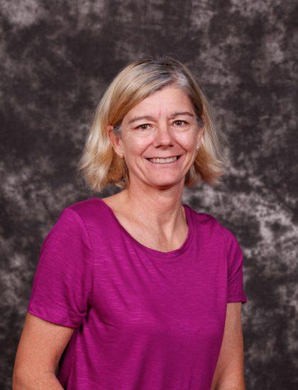 Leslie Holm